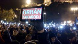 Orban Protest gegen Internetsteuer 1